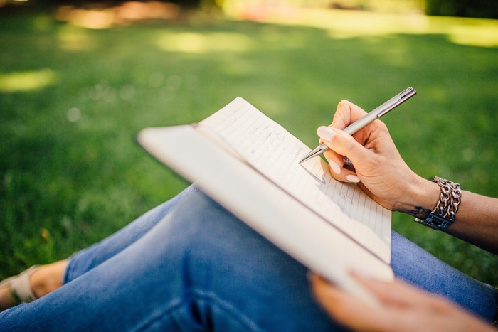 8 recommendations on how to write a good research essay on sociology