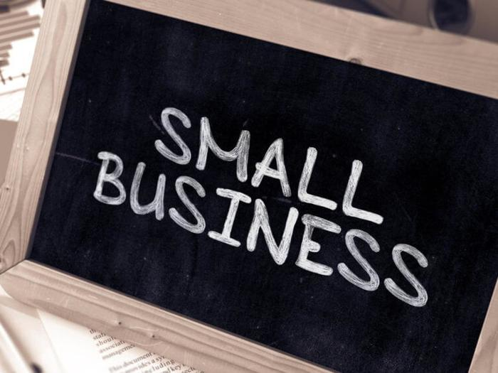 The Green Light Innovations' Guide to using Signs to Make Your Small Business Stand Out